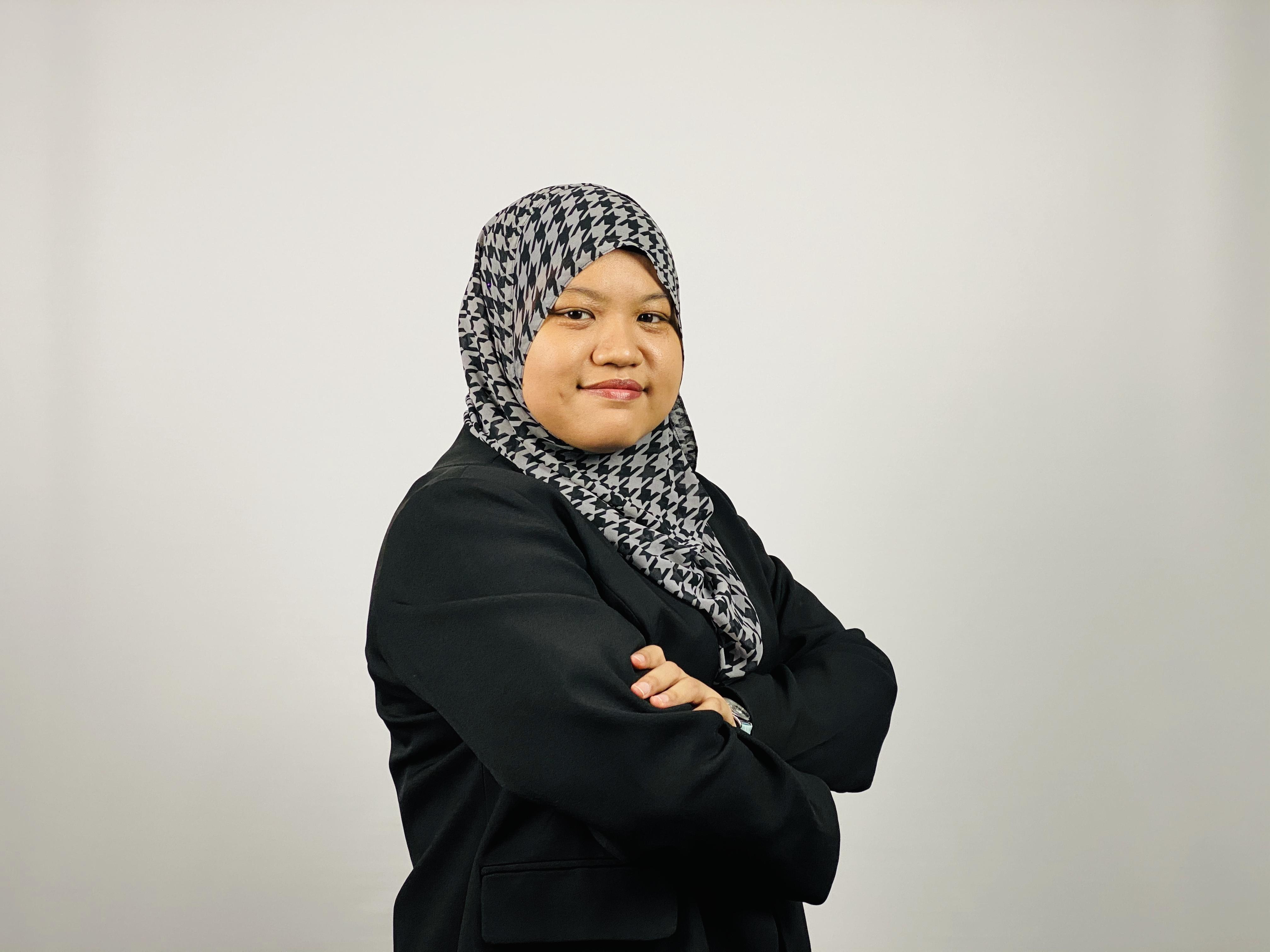 Nadia Emira Sazahan