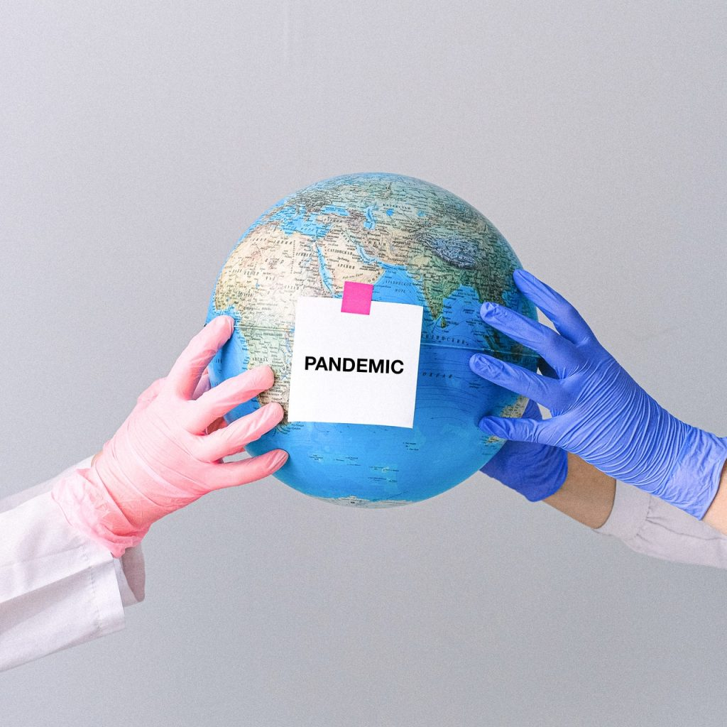 Structuring the Purchase of Rubber Gloves from Malaysia Avoiding Risks During the Pandemic